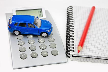 自動車保険の分析・評価